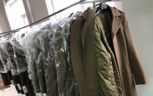 f1983c2699a906 Швацька фабрика «ТК-Стиль» (м.Чернігів) отримала замовлення на пошиття  верхнього одягу для офіцерського складу армії Польщі, яка входить до ...